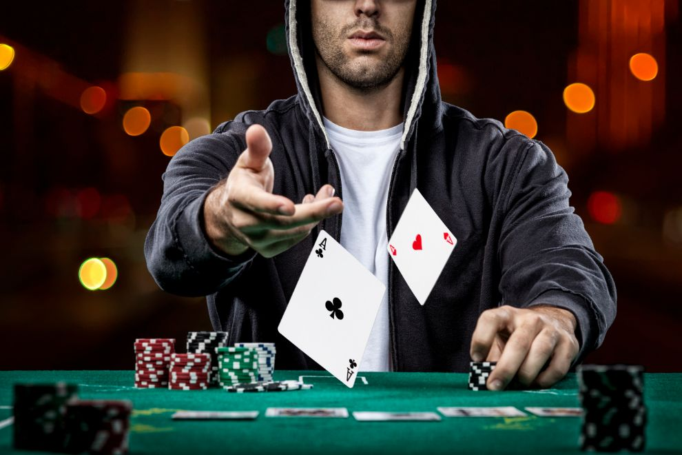 Types of Online Slots and How To Win Playing Them
