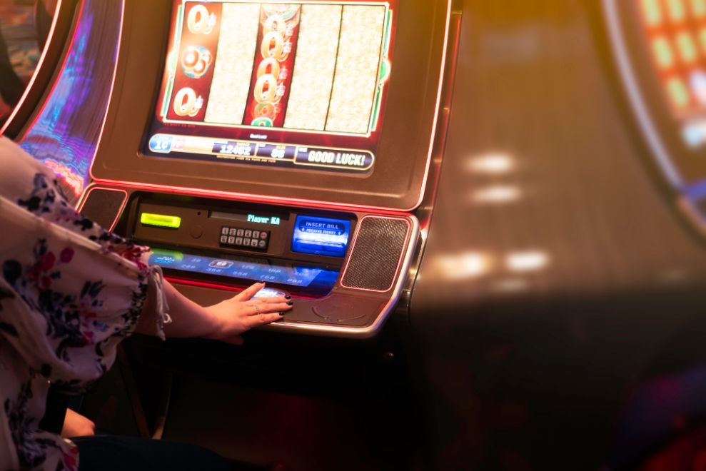 4 Ways to Increase Your Winnings with Online Gambling Slots