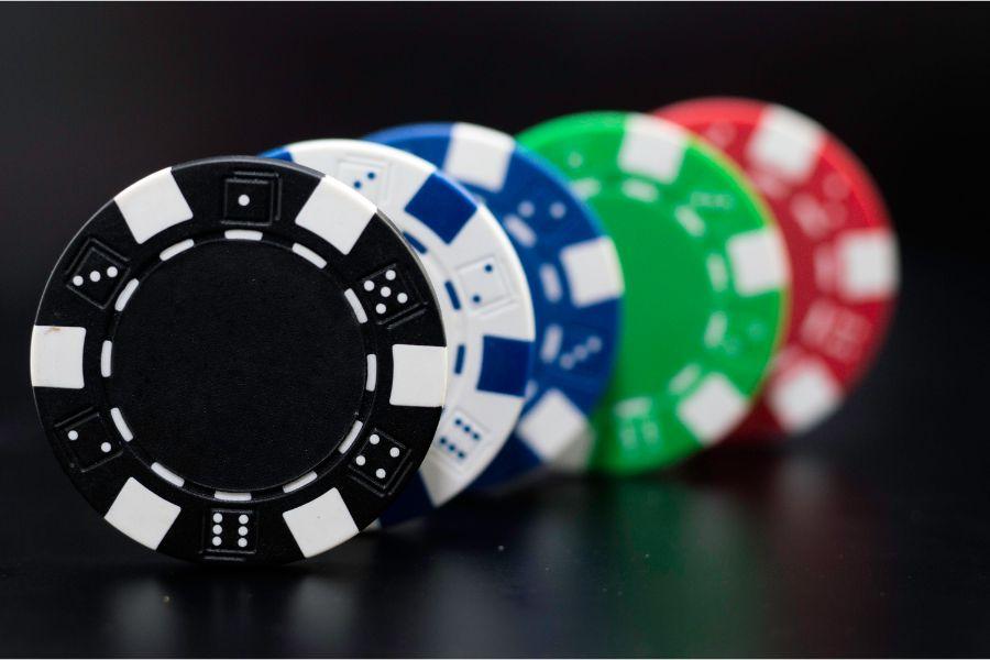 казино 2020 онлайн купить